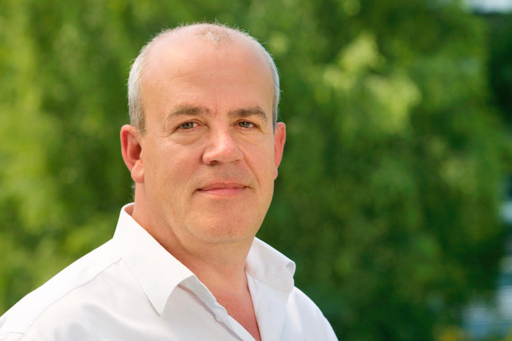 Peter Veenendaal - Consultant